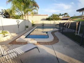 62 Tingira Close - Modern Lowset Home With Swimming Pool, Outdoor Area, Ample Parking. Pet Friendly photos Exterior