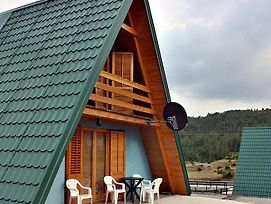 Lausevic Chalets photos Room