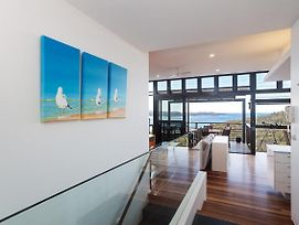 Beach House 7' 26 One Mile Close - Air Conditioned, Wifi, Foxtel, Linen photos Exterior