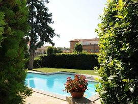 Lake Bolsena Villa Sleeps 16 Pool Air Con Wifi photos Exterior