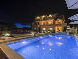 An Exquisite Villa Apartment With Private Pool In Grebastica photos Exterior