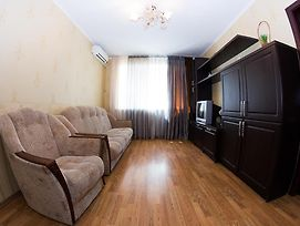 2 Room In Centre On Troitskaya 3 Floor photos Exterior