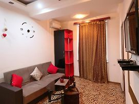 Cosy One Badroom Near Republic Square photos Exterior