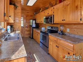Incredible View 326 - Three Bedroom Cabin photos Exterior