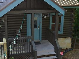 Firefly Hollow 165 - Two Bedroom Cabin photos Exterior