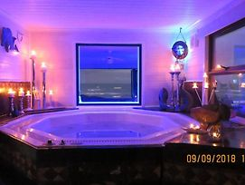 24 Houtbosch Bay Honeymoon Suite With Jacuzzi photos Exterior