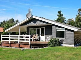 Three-Bedroom Holiday Home In Humble 1 photos Exterior