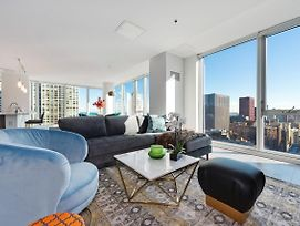 New Reserve Collection Penthouse In The Loop photos Exterior
