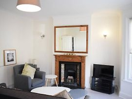 Bright 2 Bedroom Flat In East Dulwich photos Exterior