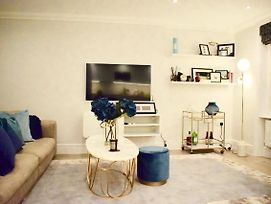 Luxurious 2 Bedroom Penthouse In Notting Hill photos Exterior