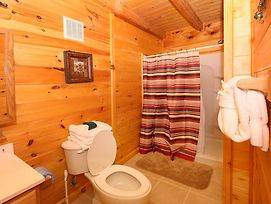 Dare To Bear 238 Two Bedroom Cabin photos Exterior