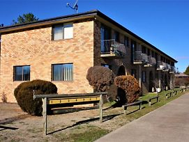 Thowra Seven - Warm, Comfortable Accommodation 45 Mins From The Snow photos Exterior