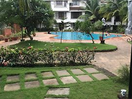 Pool View 2Bhk Villa In Riviera Foothill, Near Baga, Arpora photos Exterior