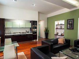 5 Star Living Amazing 2Bed2Bath Apt Old Town Sq photos Exterior
