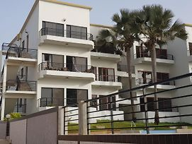 Relax Waterfront Serviced Apartment photos Exterior