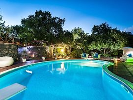 Villa Milia Villa Sleeps 6 Pool Wifi photos Exterior