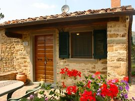 Pieve Santo Stefano Villa Sleeps 4 Pool Air Con photos Exterior