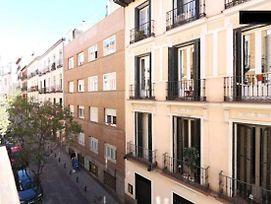 Apartment With One Bedroom In Madrid, With Balcony And Wifi photos Exterior
