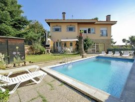 Lloret De Mar Villa Sleeps 12 Pool Wifi photos Exterior