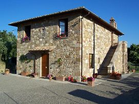 Stabbiano Apartment Sleeps 4 Pool Wifi photos Exterior