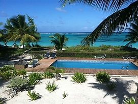 Caicos Beach Condominiums photos Exterior