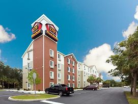 Woodspring Suites Fort Myers Northeast photos Exterior