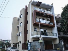 Elegant 1Br Stay On Sohna Road photos Exterior