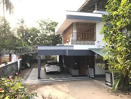 Sunrise Home Stay photos Exterior