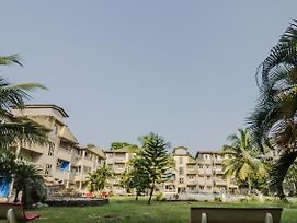 Pool-View 1Bhk Home In Siolim photos Exterior