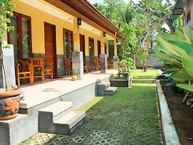 Werkudara Guest House photos Exterior