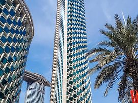 Higuests Vacation Homes - Burj Vista photos Exterior