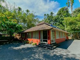 Scenic 1Br Cottage In Sultan Bathery photos Exterior