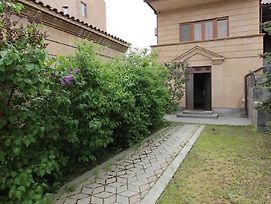 A Royal Luxury Villa With The Best View In Yerevan photos Exterior