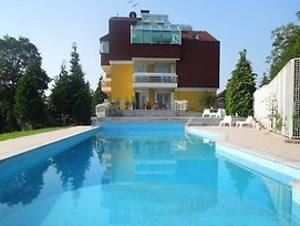 Apartments With A Swimming Pool Zagreb - 11408 photos Exterior