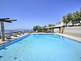 Sant'Agata Sui Due Golfi Villa Sleeps 18 Pool Wifi photos Exterior