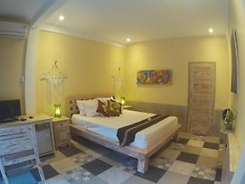 Canggu Pinpoint Rooms photos Exterior