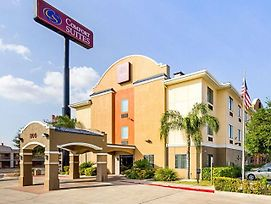 Comfort Suites At Plaza Mall photos Exterior