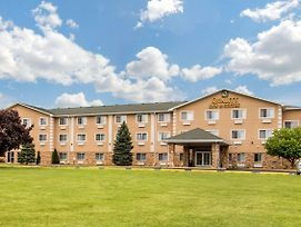 Quality Inn & Suites Wisconsin Dells photos Exterior