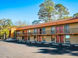 Econo Lodge Panama City photos Exterior
