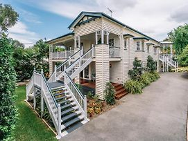 Balmoral Queenslander photos Exterior
