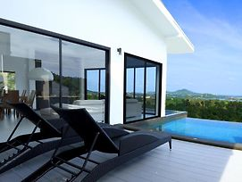 '' The Beyond Apartment 1'' With Private Pool photos Exterior