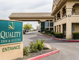 Quality Inn & Suites Lathrop photos Exterior