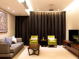 Maca Deluxe Suite By D Imperio Homestay Penang photos Exterior