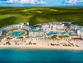 Haven Riviera Cancun Resort And Spa (Adults Only) photos Exterior