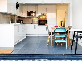 3 Bedroom House In Central London photos Exterior