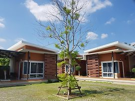 At Muang Ploy Resort photos Exterior