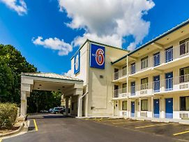 Motel 6 Raleigh Southwest Cary photos Exterior