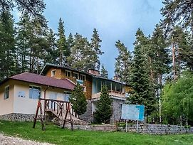 Lovely Bungalow In A Ski Lovers Paradise photos Exterior