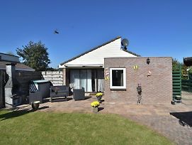 Splendid Holiday Bungalow At The Edge Of Egmond Aan Den Hoef photos Exterior