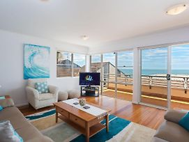 3 'The Clippers' 131 Soldiers Point Road - Fabulous Waterfront Unit photos Exterior